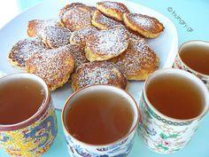 Μηλοτηγανίτες Apple Pancake Recipe, Breakfast Time, Pretzel Bites, Crepes, Pancakes, Brunch, Tasty, Bread, Snacks