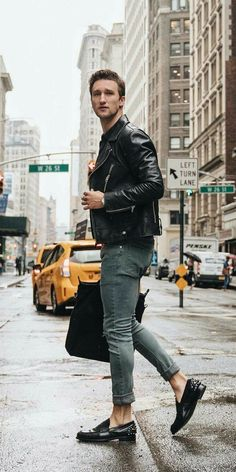 Mens fashion 2020 Going Out - Mens fashion Rock Edgy - Mens fashion Edgy Blazers - Mens fashion Jeans Ripped Men's Fashion, Mens Fashion Blog, Mens Fashion Suits, Daily Fashion, Fashion 2020, Fashion Styles, Casual Wear For Men, Body, Illustration