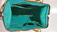 """The """"Doctor Bag"""" - photos of construction including frame installation, from aLiYa's cRaFt Bag Patterns To Sew, Tote Pattern, Diy Trousse, Suitcase Bag, Carpet Bag, Diy Handbag, Frame Bag, Craft Bags, Fabric Bags"""