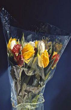 Tulpen in plastic, Tjalf Sparnaay Tjalf Sparnaay, Hyper Realistic Paintings, Art Courses, Dutch Artists, Still Life Art, Realism Art, Photorealism, True Art, Lovers Art