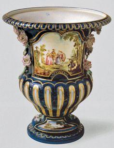 """""""La Boitteux"""" Vase, French, c. 1752  Soft-paste porcelain, 29 cm, diameter 26 cm (c) Musée du Louvre, Paris"""