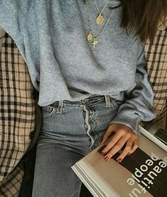 outfit | style | fashion | inspiration | grey | sweater | denim | checks | details | necklaces | timeless | chic | picture by meerilouhivuori |
