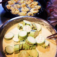 Chendu, Yu Lin mkt: stuffed eggplant fritters