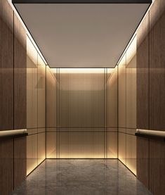 Se trata de un ascensor en un hotel en Costa Rica . Es muy caro , y neeeds una gran cantidad de crash.It es de color negro y muy grande.