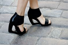 #Shoes / Graphic