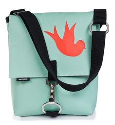 love the bird on this bag