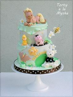 farm animals cake with duck, cat, horse, pig