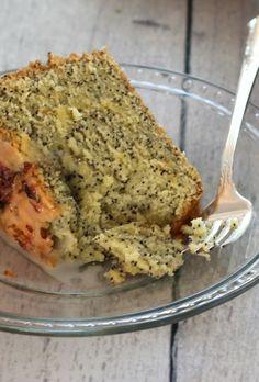 Zitronen-Mohn-Kuchen mit Pfund Zitronenglasur Lavendel | Eine Tasse Mascarpone