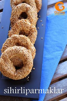 Kandil Simidi Tarifi - Pratik Yemek Tarifleri. Gurme resimli kolay pratik Kandil Simidi Tarifi nasıl yapılır yapılışı yapımı hazırlanışı