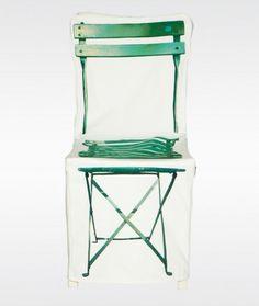 Ünlü Fransız markası GDC Creation farklı baskı tekniği ile göze çarpıyor..Sempatik dijital baskı sandalye kılıfları ile sıradan sandalyelerinize çok farklı bir tarz kandıracağınız dekoratif ürünler artık shopigo'da!