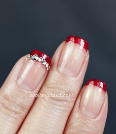 A Polish Addict: Another Simple Nail Art Design for Christmas
