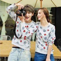 Evolu - Heart Print Couple Sweatshirt