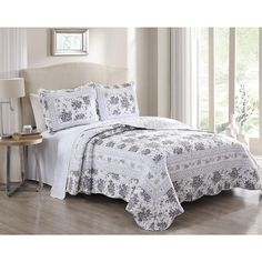 3 Piece Rhonda Gray/Off White Quilt Set