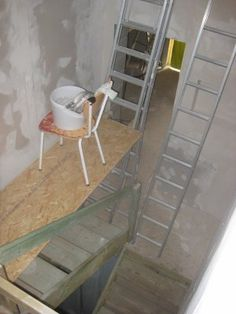 Entr e on pinterest terrazzo quebec and montreal - Amenager une cage d escalier ...