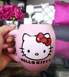 """586 Likes, 25 Comments - Inspirations by Kathy 💕 (@lovefabdecor) on Instagram: """"Good morning Instagram 💕 Today is my nieces @smile_on86 birthday and she's a Hello Kitty lover like…"""""""