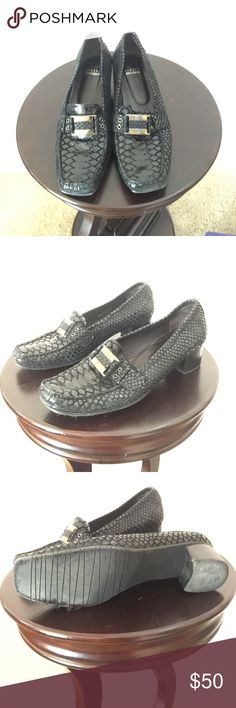 Stuart Weitzman shoes Black Loafers size 9M slightly used but in good shape. Stuart Weitzman Shoes Flats & Loafers