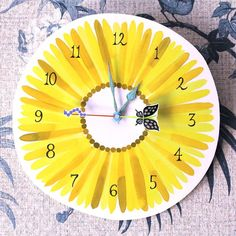 Blooming time -sunflower- wall clock