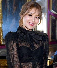 Sooyoung looks sexy in her black see thru blouse and bra!