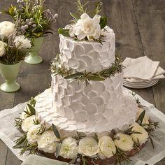 Wedding Cake Designs, Wedding Cupcakes, Wedding Cake Toppers, Cake Wedding, Best Wedding Cakes, Spring Wedding Cakes, Multiple Wedding Cakes, Publix Wedding Cake, Different Wedding Cakes