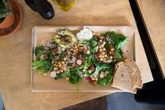 Spinach, avocado, radish, chickpea, sesame seeds, sunflower seeds, creme fraiche, something something salad from Roamers Berlin Roamers Berlin, Creme Fraiche, Sunflower Seeds, Spinach, Grains, Avocado, Rice, Cooking Recipes, Salad