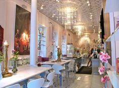 Royal smushi café - on the backyard next to the Royal Copenhagen store. Cosy & stylish