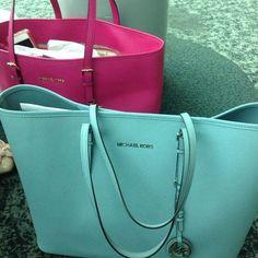 ✌ So Pretty ✌▄▄▄▄▄▄▄ MK Handbags Value Spree: 3 Items Total (99)