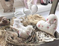 Little decorations🕊 #decor #interior #nähen #liebezumdetail #birds #heart #thatsdarling #windlicht #spitze #spring #easter #easterdecor #lovely #happy #gift #craft #onlineshop #atelier #kaffeundkuchen #familywork #stoffigesundmehr #stgallen