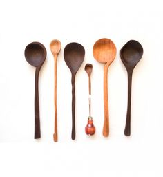 Hand Carved Wooden Spoons by Jarrod Renaud www.thelanternroomblog.com