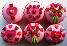 Google Image Result for http://www.succrumbed.co.uk/wp-content/uploads/2012/01/Glamorous-Valentine-Cupcakes.jpg