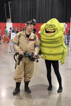 Ghostbuster and Slimer cosplay - Motor City Comic Con 2012 Last Minute Halloween Costumes, Halloween Kostüm, Couple Halloween, Halloween College, Group Costumes, Cosplay Costumes, Oreo Costume, Diy Videos, Gi Joe