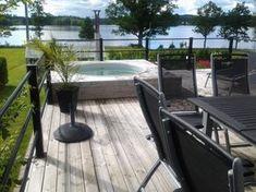 rak rabatt Bilder p badtunnor i olika modeller amp; Jacuzzi Outdoor, Outdoor Spa, Outdoor Tables, Outdoor Decor, Backyard Patio Designs, Garden Inspiration, Deck, Floor Plans, Exterior