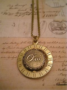 Oui and Non Spinner Necklace. $23.00, via Etsy.