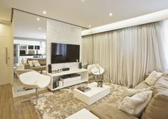 Sala de Estar decorada por Renata Tolentino Arquitetura & Interiores.