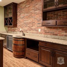 Good idea for basement kitchen! The exposed brick wine barrel sink look great. Maybe I would use a keg. Want big glass fridges in the bar room with a beachy vibe. Whiskey Barrel Sink, Wine Barrel Bar, Wine Barrels, Bourbon Barrel, Passion Deco, Outdoor Kitchen Countertops, Kitchen Counters, Kitchen Sink, Basement Kitchen