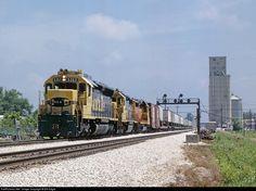 RailPictures.Net Photo: ATSF 5363 Atchison, Topeka & Santa Fe (ATSF) EMD SD45 at Carrollton, Missouri by Bill Edgar