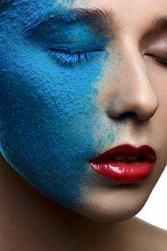 Fashion beauty Girl with blue Snow on Face on Makeup Arts Served The Make, How To Make, Makeup Art, Female Models, Amazing, Fashion Beauty, Photoshoot, Face, Snow
