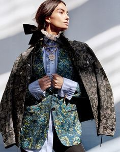 The 15th anniversary issue of Harper's Bazaar Singapore lands with a bang. Top model Lily Aldridge lands the cover, wearing Burberry clothing with Bulgari jewelry. Photographed by Yu Tsai, the American beauty takes on androgynous style in Burberry's Elizabethan inspired pieces for the accompanying spread. Stylist Kenneth Goh selects a mix of vintage prints, ruffled …