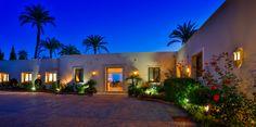 Magnificent position and sea views on Marbellas Golden Mile - #GoldenMile #Marbella #entrance #luxury #unique #design