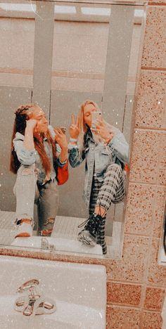 Best Friends Shoot, Best Friend Poses, Friends Are Like, Cute Friends, Cute Instagram Pictures, Cute Friend Pictures, Friend Photos, Cute Pictures, Foto Best Friend