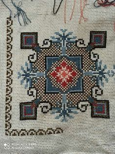 Cross Stitch Embroidery, Cross Stitch Patterns, Beading Patterns, Bohemian Rug, Needlework, Rugs, Decor, Farmhouse Rugs, Tela
