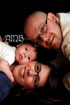 Family photo Family Portraits, Family Photos, Calm Down Jar, Photo Ideas, Families, Photography, Family Posing, Family Pictures, Shots Ideas