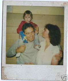 Ted Bundy with wife Carol and daughter Rosa (1983)