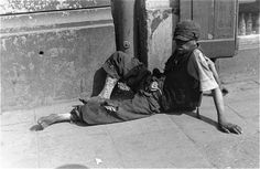 A starving jew on the streets of Warsaw