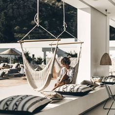The rugged coast of Rhodes, Greece sets the backdrop for the new boutique hotel Casa Cook, designed by Michael Schickinger and Annabell Kutucu. Outdoor Lounge, Outdoor Spaces, Outdoor Living, Outdoor Decor, Rooftop Lounge, Interior Exterior, Exterior Design, Casa Cook Hotel, Backyard Hammock