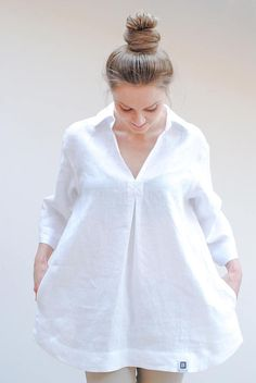 2a4fb3cea6e Natural linen tunic in pastel rose, v-neck and two hidden pockets at the