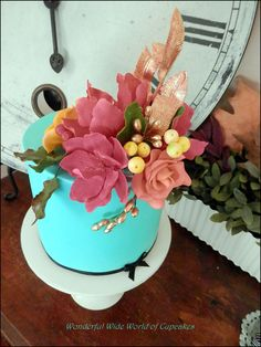 Teal Floral Cake - I love edible gold paint.
