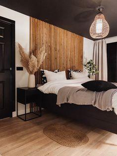 Room Ideas Bedroom, Home Bedroom, Bedroom Wall, Master Bedroom, Bedroom Decor, Happy New Home, My New Room, Beautiful Bedrooms, Room Inspiration