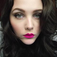 Bright Pink lip and pink shimmer eyes. Kiss Makeup, Hair Makeup, Neon Lipstick, Bright Pink Lips, Love Hair, All Things Beauty, Makeup Junkie, Pretty Hairstyles, Cute Girls