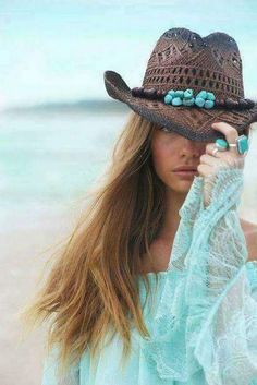 Aqua Blue and Brown / Boho Hippie Style, Hippie Chic, Bohemian Style, Boho Chic, My Style, Color Turquesa, Color Azul, Ibiza Fashion, Fashion Trends