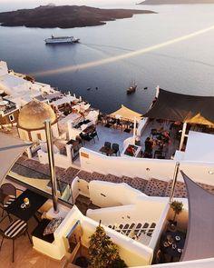Santorini Greece by @byelli #the_daily_traveller www.dailytraveller.gr Follow me on @vsiras & @bestgreekhotels #santorini #greece #ig_greece #instagreece #instalifo #wu_greece #athensvoice #travel_greece #visitgreece #team_greece #gf_greece #igers_greece #greecestagram #life_greece #loves_greece #igersgreece #insta_greece #greecelover_gr #ilovegreece #ae_greece #super_greece #great_captures_greece #reasonstovisitgreece #greecetravelgr1_ #welovegreece_ #kings_greece #roundphot0…
